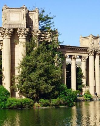 Palace of Fine Arts in daytime