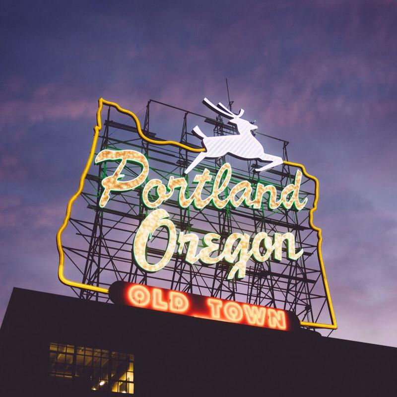 Portland charter bus rentals make it easy to travel from and to the Portland area.